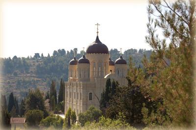 Храм во имя Всех Святых на земле Российской просиявших